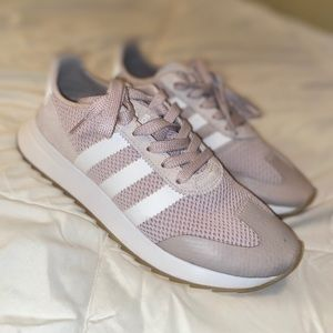 Adidas shoes light pink size US 9